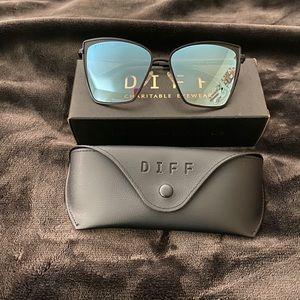 Diff Becky Sunglasses